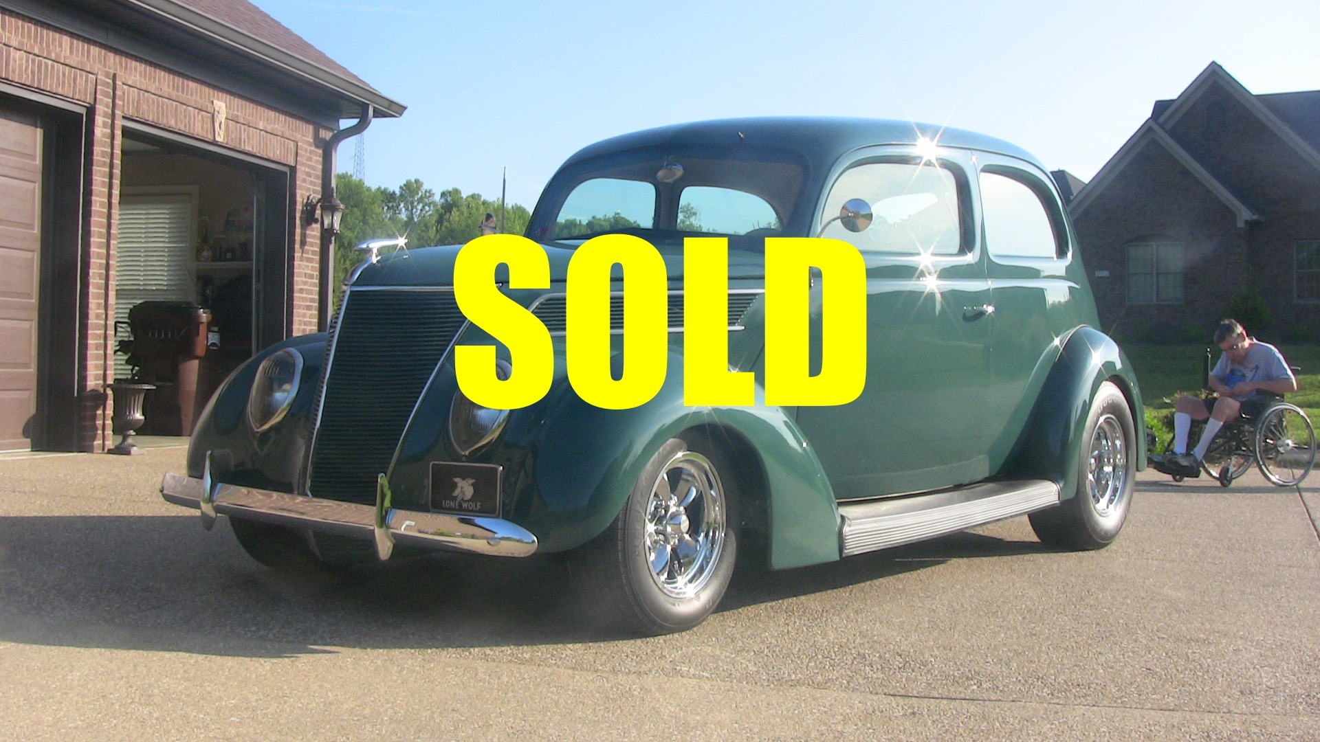 1937 Ford Humpback