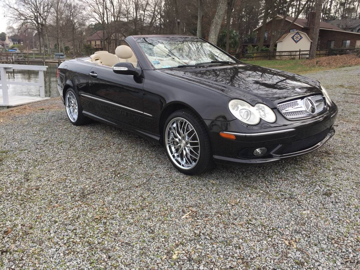 Used-2004-Mercedes-Benz-CLK55-AMG-Designo-Edition