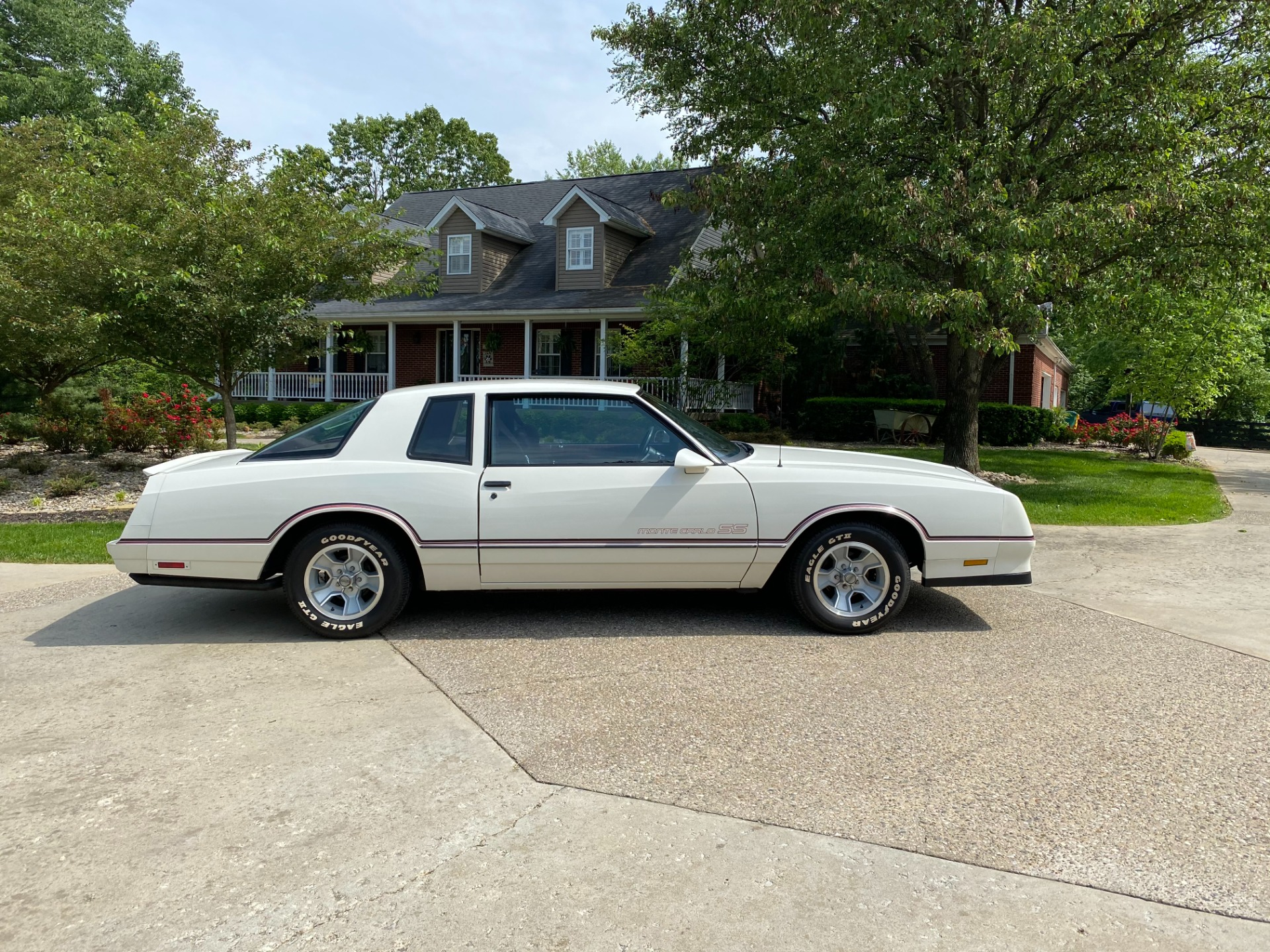 Used-1986-Chevrolet-Monte-Carlo-SS